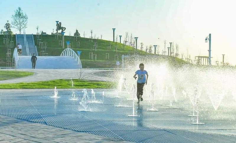 突厥斯坦市拥有占地400公顷土地的城市公园