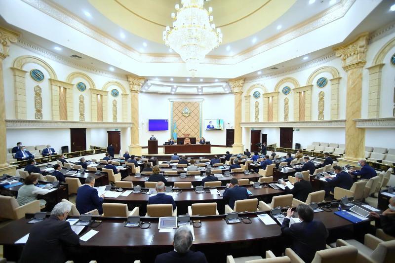 Сенат вернул в Мажилис законопроект по вопросам земельных отношений