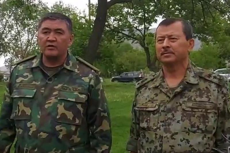 Прекратить стрельбу и отвести войска договорились главы ГКНБ Кыргызстана и Таджикистана