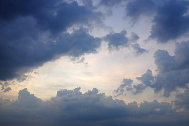 Жителей Атырау предупредили о неблагоприятных метеоусловиях