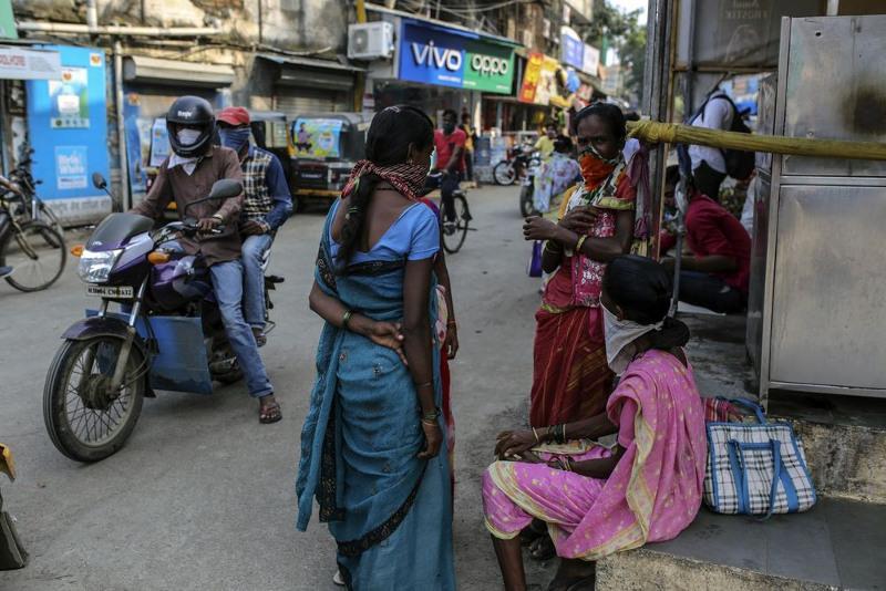 Коронавирус: Үндістанда тағы 7 млн адам жұмыссыз қалды
