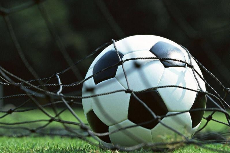 Футболдан Қазақстан біріншілігі: «Шахтер» мен «Қайсар» тең түсті