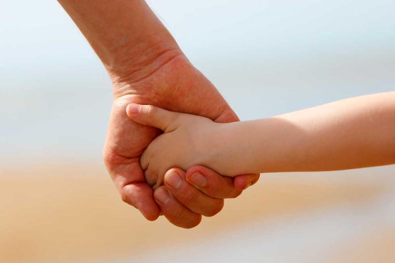 Пропавшего мужчину с ребенком нашли в Павлодаре