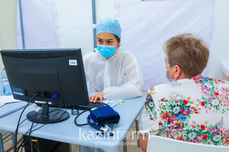 Мобильный пункт вакцинации заработал в районе Атырауской области