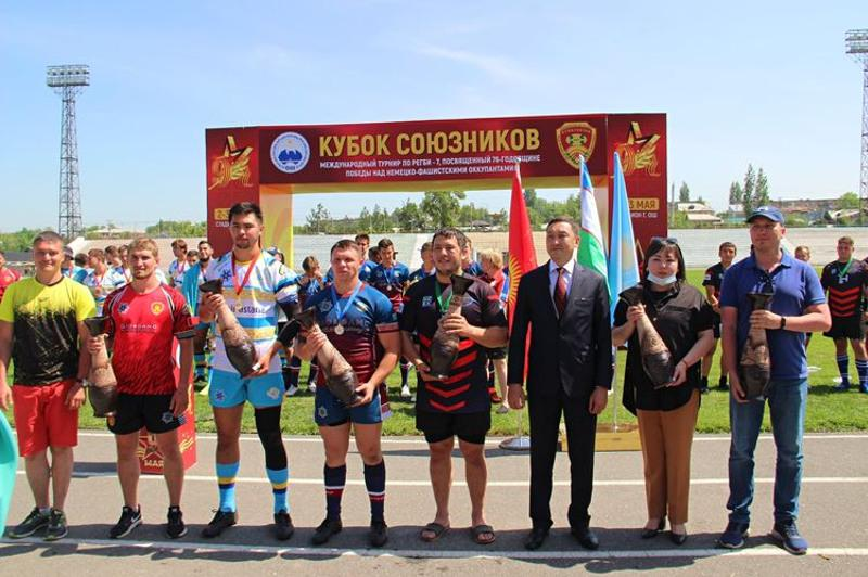 Команды из Казахстана заняли два первых места на международном турнире по регби