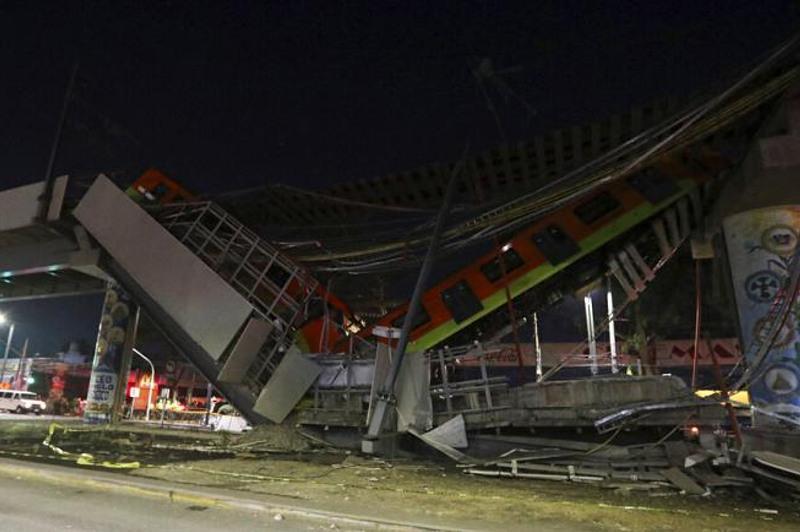Мехикода метрокөпір қирап 23 адам қаза тапты