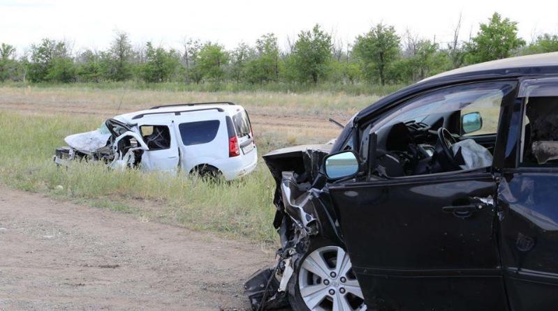 巴基斯坦东部发生一起交通事故致13死25伤