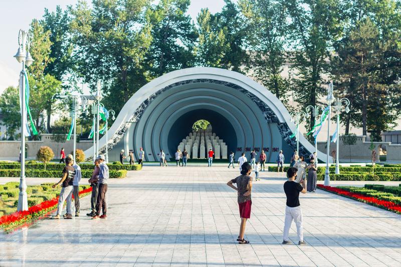 Өзбекстандықтарды жаяу серуен үшін ақшалай ынталандырады