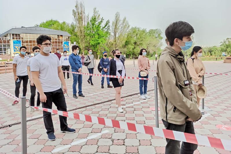 ЕНТ стартовало в Алматы