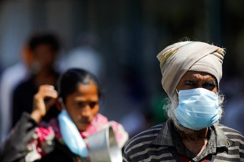 过去24小时印度新冠死亡病例近四千