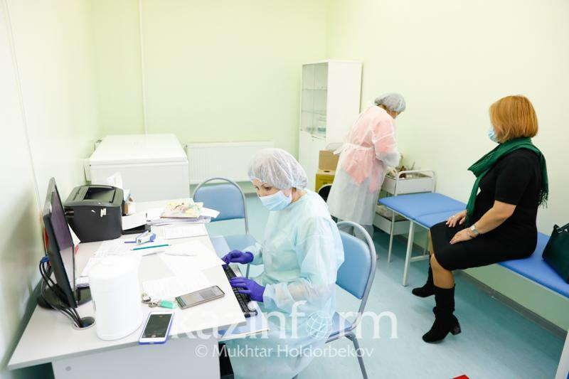 Almaty vaccination rooms to work on holidays and weekdays