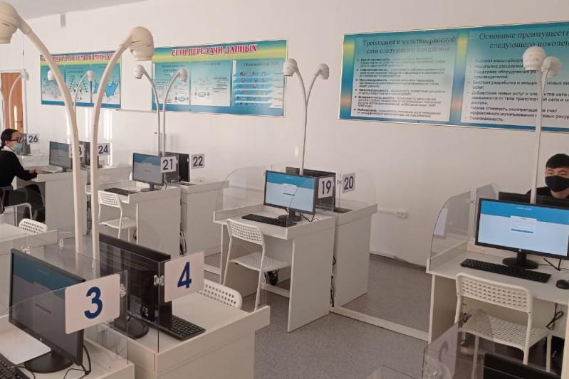 Электронды ҰБТ: Биылғы тестілеудің басты ерекшеліктері қандай