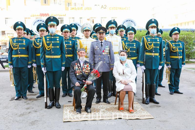 Екі «катюшамен» жаудың 60 танкісін қираттық - соғыс ардагері Жақан Сейсебаев