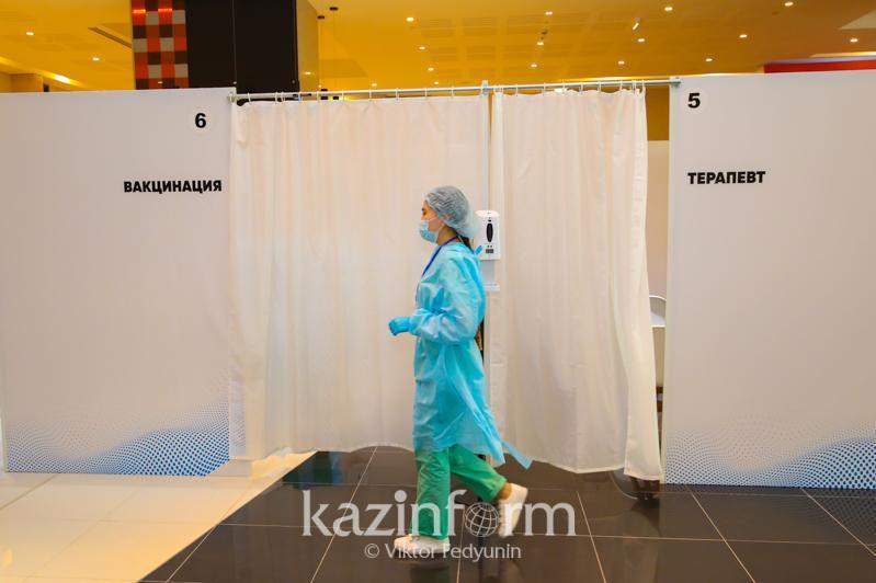 Нұр-Сұлтандағы тағы екі сауда үйінде вакцина егу пункттері ашылды