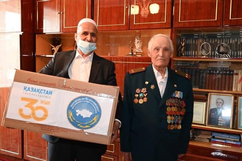 С почтением к подвигам: этнокультурные объединения Костаная поздравили ветеранов