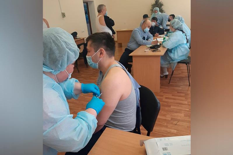 Ақтөбеде полиция қызметкерлерінің 90% вакцина алды