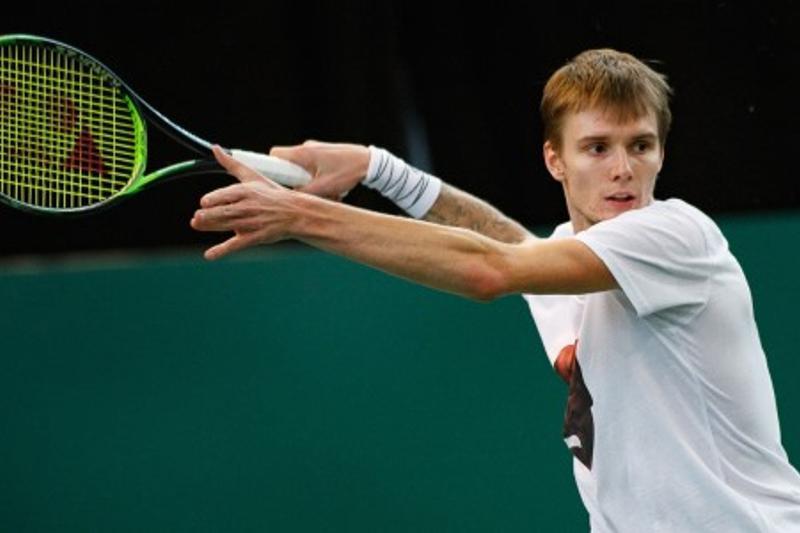 Александр Бублик не смог пройти в полуфинал турнира «Мастерс» в Мадриде