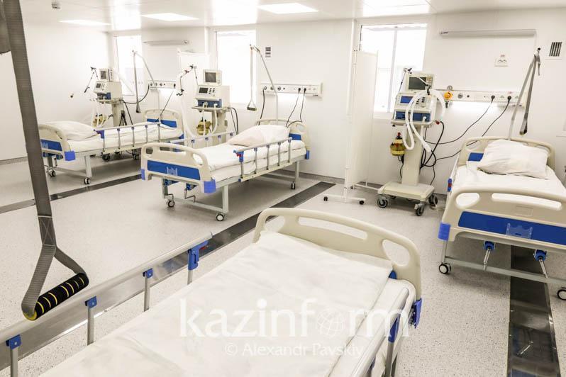 Алматыда коронавирус жұқтырған 3,3 мың адам ауруханада жатыр