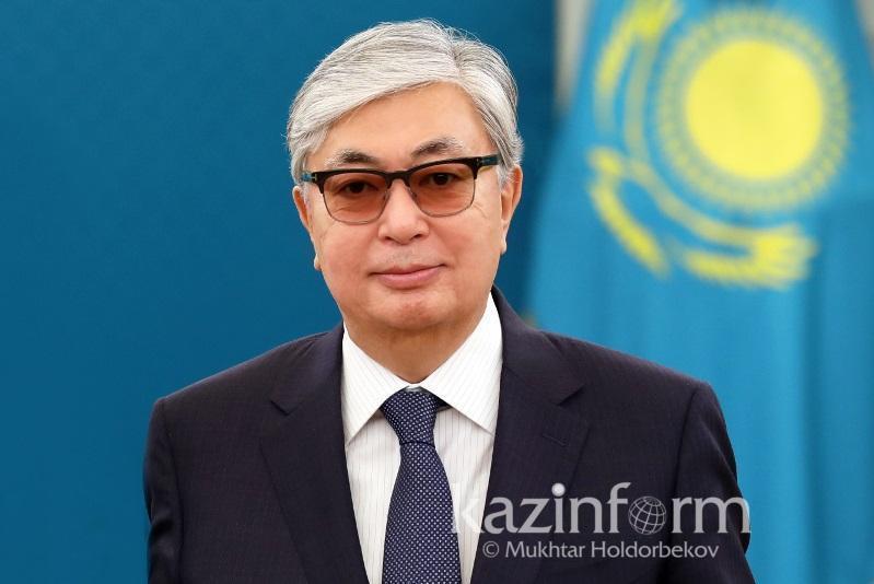 Касым-Жомарт Токаев поздравил казахстанцев с Днем Победы