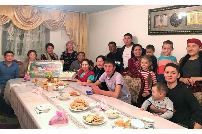 Алматы облысында ұйғыр, неміс, кәріс, орыс ұлтының балаларын бауырына басқан отбасы тұрады