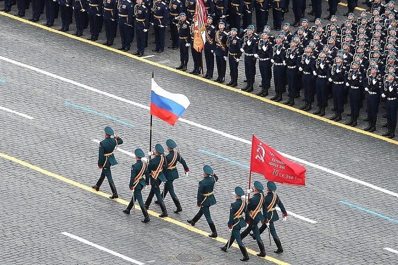 В Москве проходит военный парад по случаю 76-й годовщины Победы в ВОВ