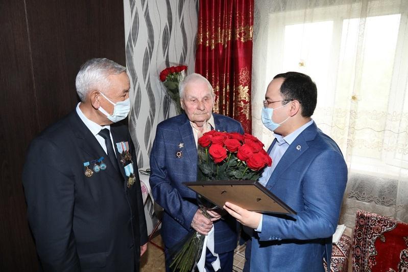 Искренне желаю, чтобы наши потомки не видели ужасов войны - ветеран Виктор Долганов