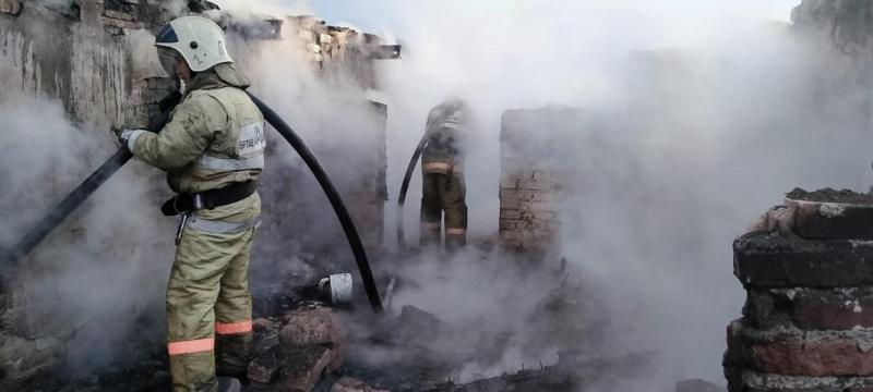 Президент взял на контроль обеспечение помощи погорельцам от лесного пожара в ВКО