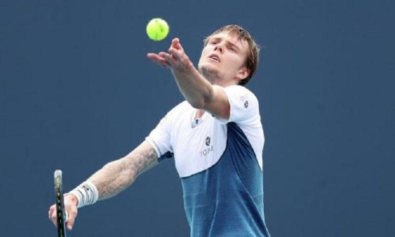 Александр Бублик проиграл в первом раунде турнира АТР в Риме