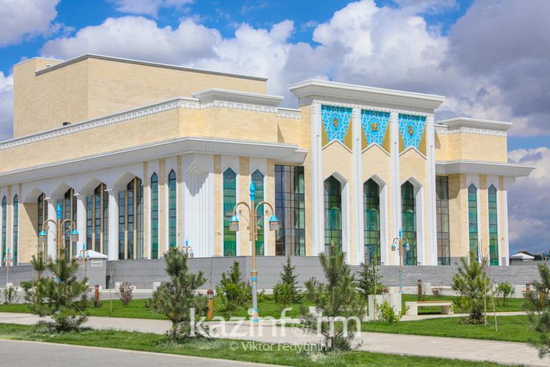 Зарубежные специалисты смогут работать в музыкально-драматическом театре в Туркестане
