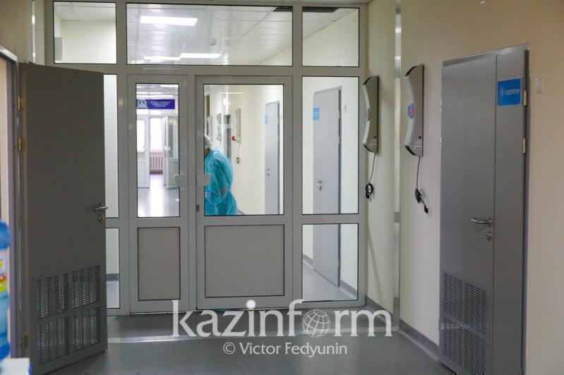 581 человек лечится от коронавируса в стационарах Атырауской области