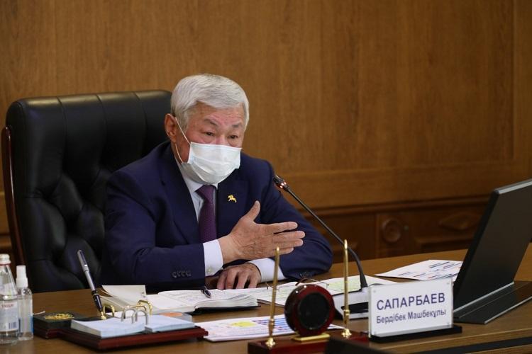 Бердибек Сапарбаев поручил усилить меры безопасности в учреждениях образования Жамбылской области