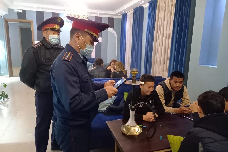 О профилактической работе мобильных групп рассказали жамбылские полицейские