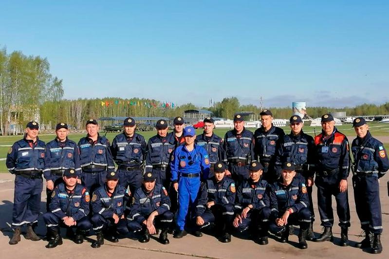 Казахстанские спасатели принимают участие в учениях под Москвой