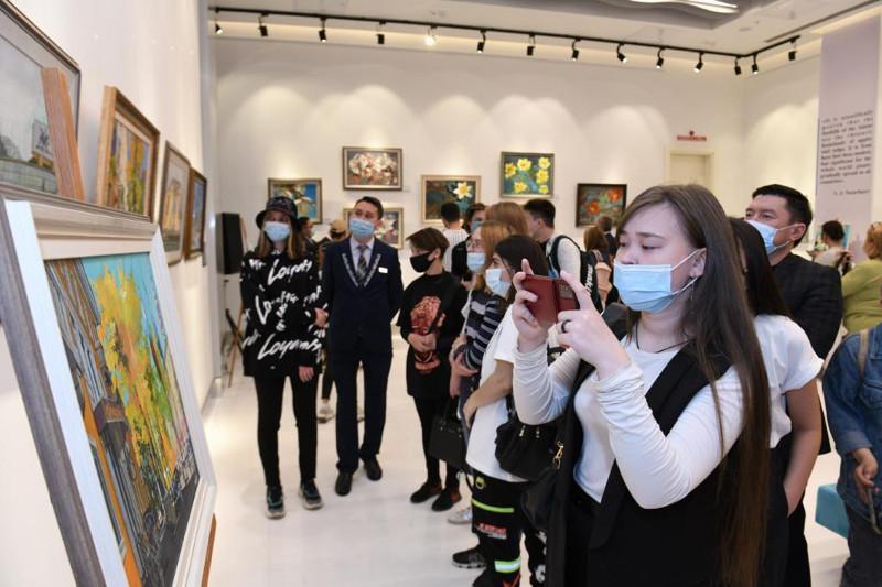 В Библиотеке Елбасы открылась выставка «Жемчужины Алатау»