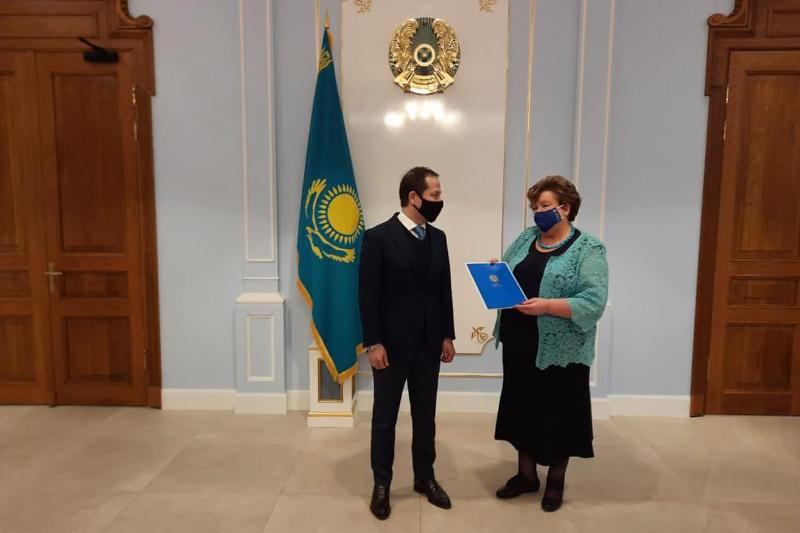 Director of Latvian Library receives letter of gratitude from President of Kazakhstan