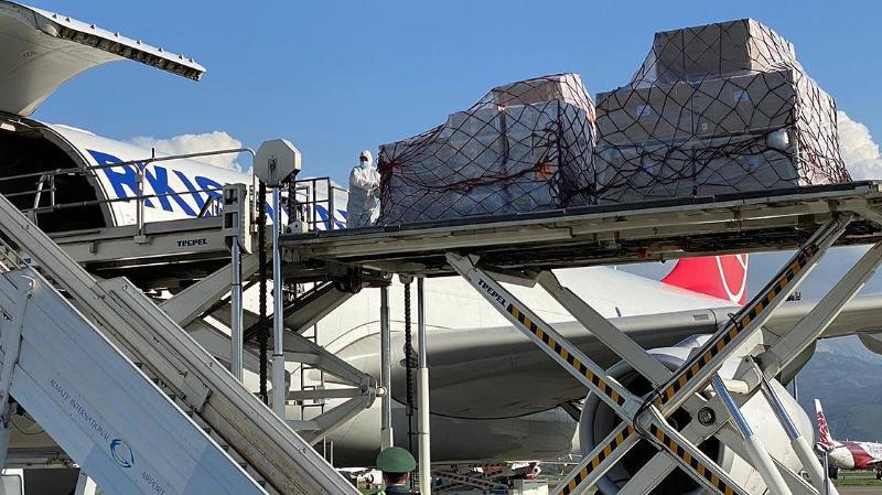 哈萨克斯坦向印度提供的人道主义援助物资已运往新德里