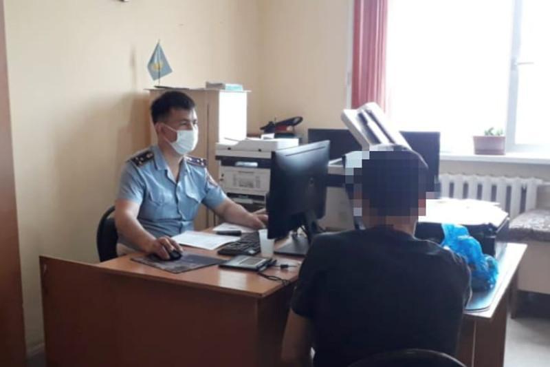 В Туркестанской области служебная собака помогла полицейским задержать иностранца с наркотиками