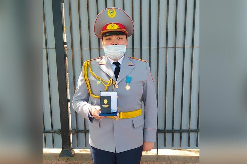 Павлодарский сотрудник УИС получил награду от Президента Казахстана