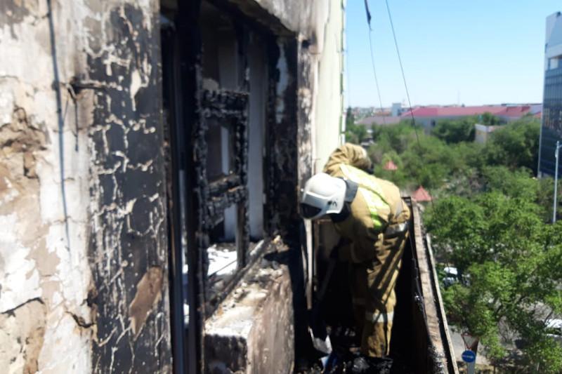 Қызылордада көпқабатты үй өртеніп, 14 адам эвакуацияланды