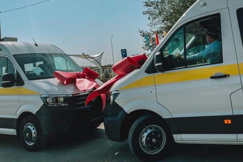 Атырау кәсіпкері мүмкіндігі шектеулі жандар үшін инватаксилер сыйлады