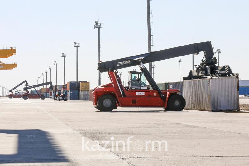 一季度哈萨克斯坦非原材料出口大幅增长