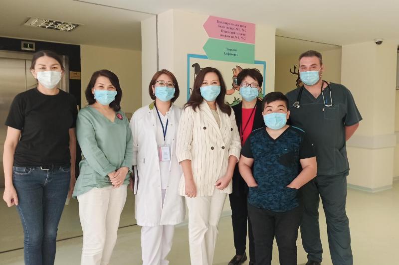 Викторину среди врачей в области орфанных заболеваний провели в Алматы
