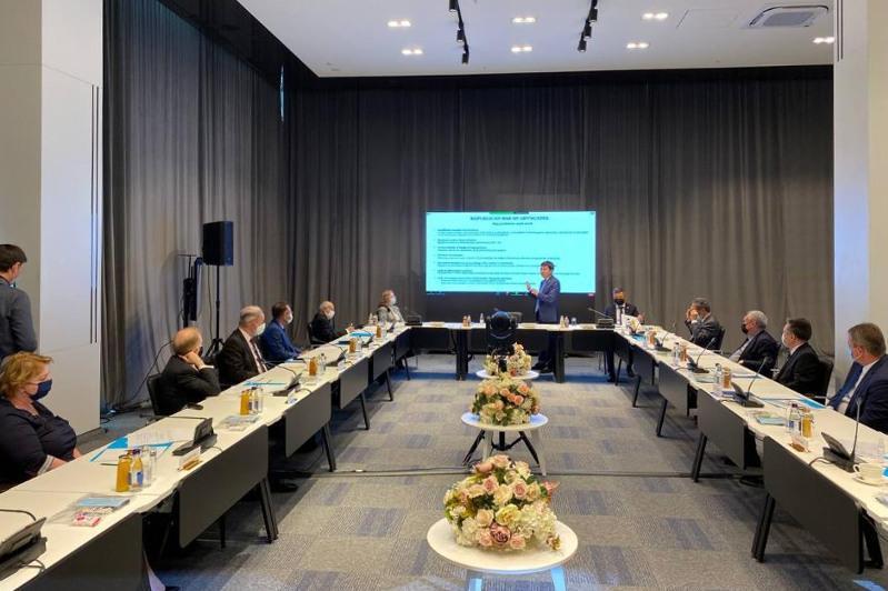Министр юстиции РК рассказал иностранному дипкорпусу о правовых реформах