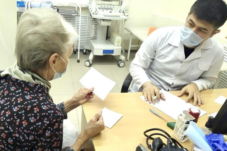 Выездные консультации медиков-специалистов организовали в Карагандинской области