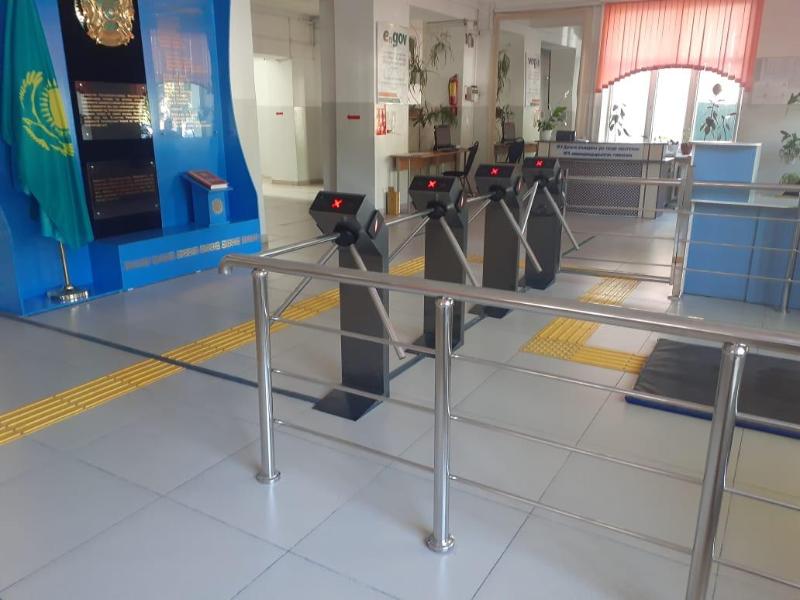 В школах Шымкента установят турникеты с распознаванием лиц