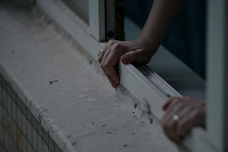 Оралда 83 жастағы қария екінші қабаттан секіріп кетіп, мерт болды
