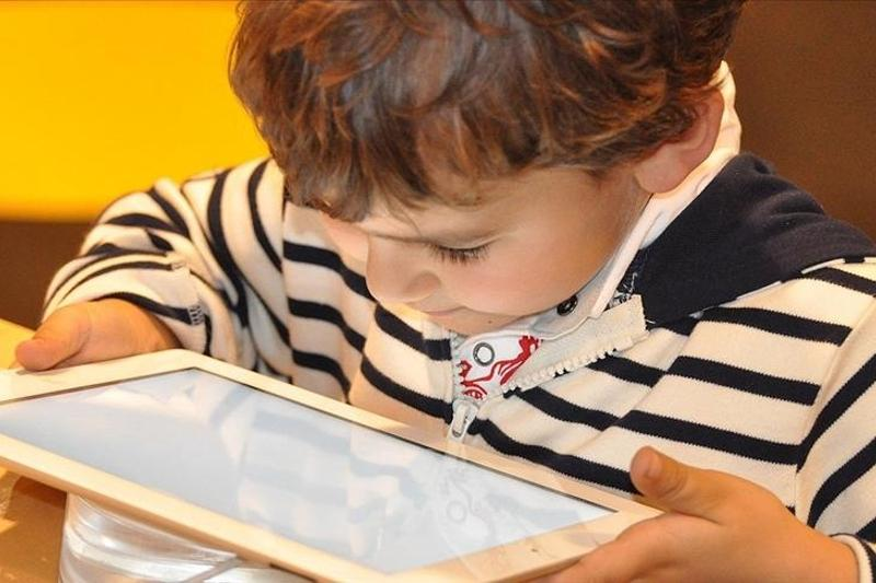 Tech addiction in children can cause obesity