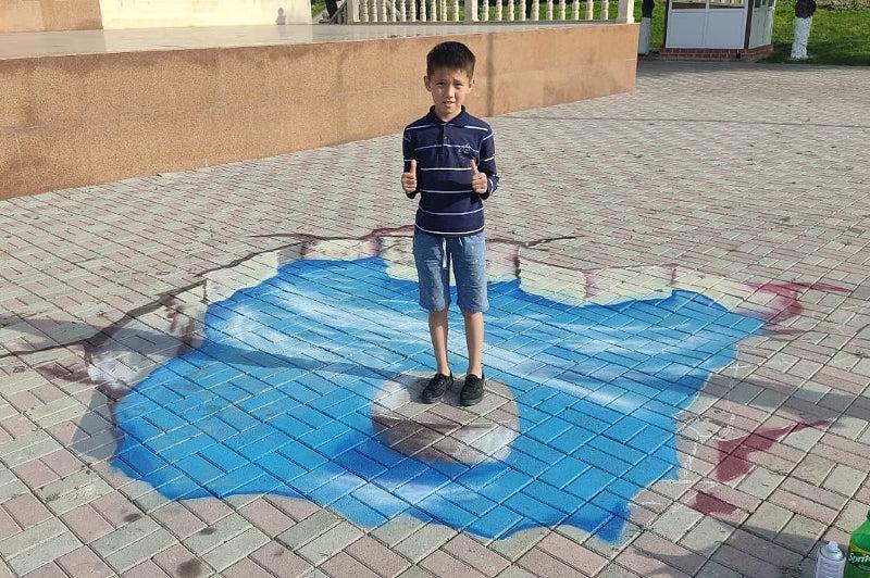 3D-рисунками оформили парк Женис в Таразе