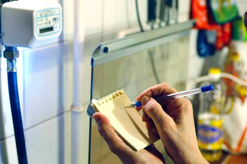 Принять меры по снижению задолженности потребителей за комуслуги поручил Премьер-Министр РК