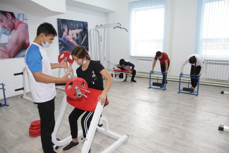 Строительство 100 физкультурно-оздоровительных комплексов ведут в Казахстане